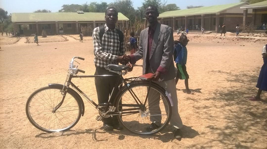 New Bicycles for otLIVE Presenters in Malawi